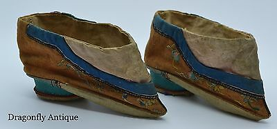 SUPERB Chinese Antique 19th C Silk Embroidered Lotus Lily Bound Foot Shoes
