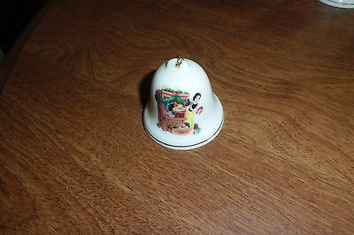 """Grolier Procelain Bell """"snow White And 2 Dwarfs"""" Collectible"""