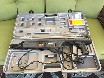 SENCO Duraspin DS300-AC Corded Electric Collated Screw Driver Gun with case