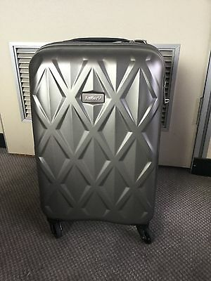 Antler Atlas Hardside 56cm Cabin Suitcase - SILVER - Factory Second #A34