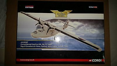 Corgi AA36107 DIECAST AIRPLANE - Consolidated Catalina IVA No117 Sqdn RCAF