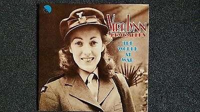 Vera Lynn Remembers The World At War - Vinyl Lp - 1974 First Pressing