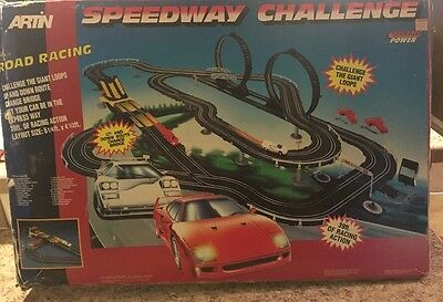 Vintage Artin Speedway Challenge Road Racing Slot Car Set  For Parts Only