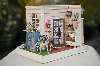 Top DIY Handcraft Miniature Dolls House - Wood Dollhouse -UK Stock Fast Delivery