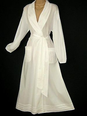 Laura Ashley Vintage White Cotton Shawl Collar  Morning Robe / Dressing Gown, M
