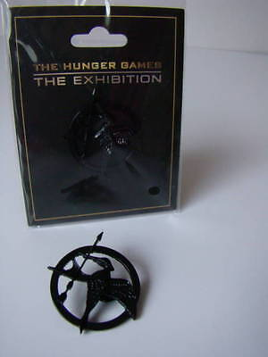 The Hunger Games  THE EXHIBITION *Original *BLACK PIN /BADGE