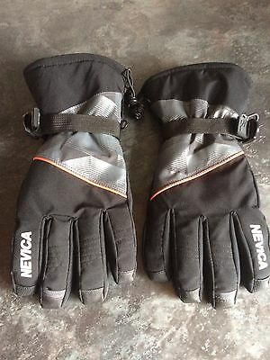 Nevica Ski Gloves Adult Black Size medium new winter snow thermal cold weather