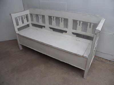 A Lovely Victorian Antique Pine Painted Shabby Chic 2/3 Seater Box Settle/Bench