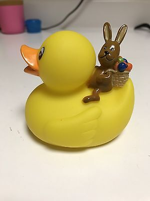 Lufthansa First Class Services Rubber Duck Easter Lounge New