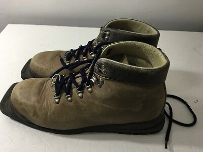 Vintage MERRELL CROSS COUNTRY SKI BOOTS  Brown MENS 9.5 M ITALY 75 mm