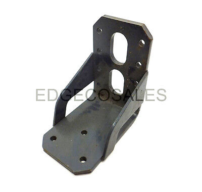 "New Holland ""T6, TS & TSA Series"" Tractor Fixed Front Fender Bracket - 82027348"