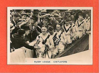 CASTLEFORD TIGERS RLFC with 1935 CHALLENGE CUP WINNERS Original card