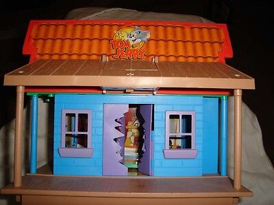 VINTAGE Tom And Jerry House Toy Cartoon Tricky Trap House