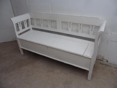 A Quality Antique Pine Painted White Shabby Chic 3 Seater Box Settle/Bench