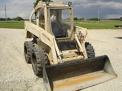 2008 John Deere 325 Skid  Steer Loader EX Military unit low hours