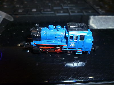 märklin spur z blue Loco with 5 pole Engerine unused