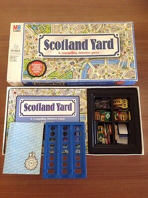 SCOTLAND YARD MILTON  Bradley Retro BOARD GAME