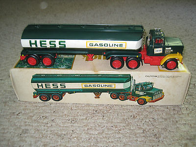 Vintage 1977 Hess Fuel Oil Truck in original box - unplayed with