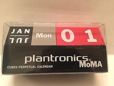 New Contemporary Modern Red Grey Black MOMA Cubes Perpetual Desk Calendar