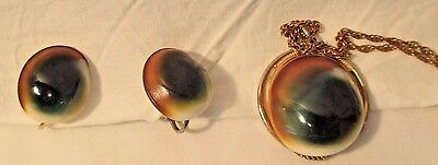 VICTORIAN OPERCULUM SHELLS GREEN, BROWN & WHITE EARRING & NECKLACE SET 12kt GF