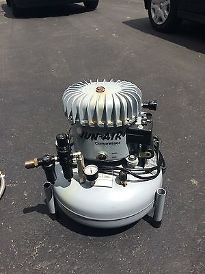 jun air compressor 120 psi 120v gently used