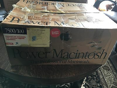 Apple Power Macintosh 7500/100 (200MHz Upgrade) Computer Original Box and Extras