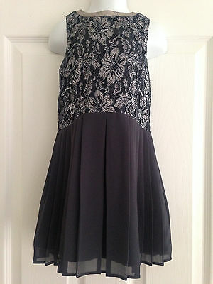 BNWT NEXT Girls Grey Silver Metallic Lace Pleated Dress 3 Years