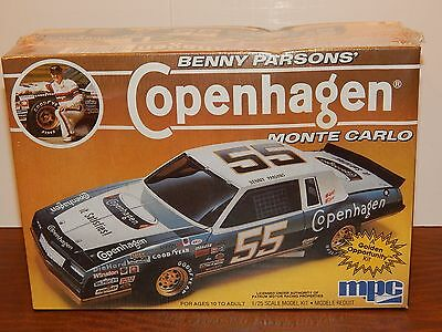 MPC 1985 Chevy Monte Carlo Benny Parson's Copenhagen NASCAR Stock Car Model Kit