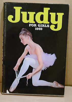 Judy for Girls Annual 1969 DJ Picture Stories Things to Make Christmas Birthday