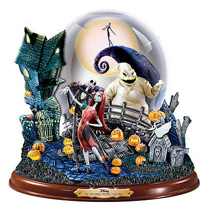 Disney Tim Burton NIGHTMARE BEFORE CHRISTMAS Masterpiece SNOWGLOBE New