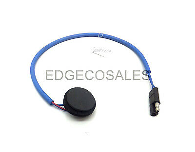 "New Holland ""10 & 30 Series, 3/4 Cyl & TLB"" Tractor Battery Temp Sensor-81837739"