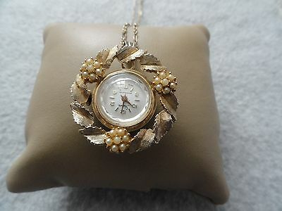 1965 - Pretty Swiss Made Sheffield Wind Up Necklace Pendant Watch - Problem