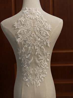 1pc Floral Super Luxury Sexy Lace Appliques Ivory Exquisite Wedding Dress Grown