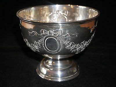 Embossed Silver Bowl by Goldsmiths & Silversmiths Co. London c1908