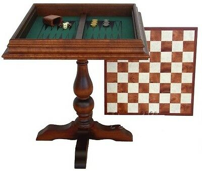 Chess Board made of valuable Elm's wood. Made in Florence