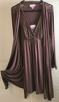 Jessica Simpson Nursing Chemise and matching robe Size Small Light Brown Lace