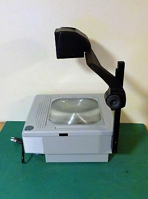 3M 1700 Series  Overhead Projector  360 Watt,