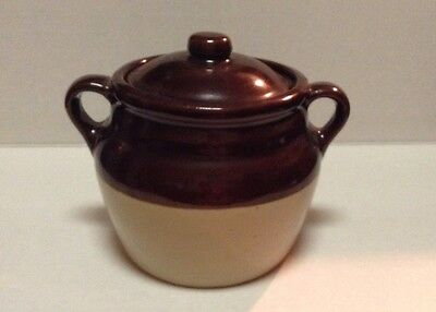Monmouth Pottery, Illinois, USA 2-Handled Crock Jar Bean Pot  with lid