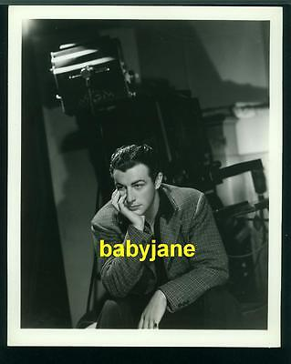 ROBERT TAYLOR VINTAGE 8X10 PHOTO 1930's DOUBLE WEIGHT MGM BY MOVIE CAMERA