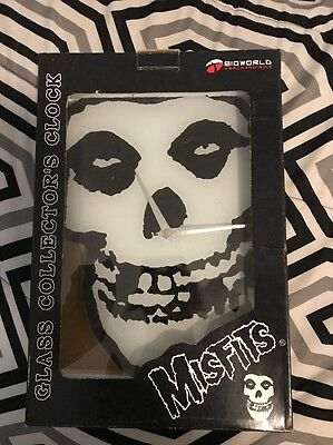Misfits Crimson Ghost Skull Glass Wall Clock Extremely Rare Collectible NIB