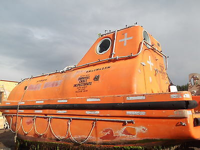 LIFEBOAT, 6M or 20FT, THIS VESSEL NO LONGER AVAILABLE.