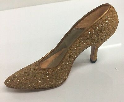 Just the Right Shoe by Raine GOLDEN STILETTO Item No. #25045
