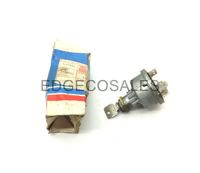 """New Holland """"5, A & B Series"""" TLB Ignition Switch Assembly - 83932440"""