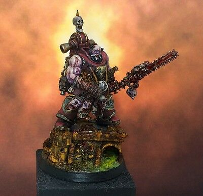warhammer 40k khorne lord. beautifuly converted and painted