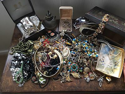 Vintage Costume Jewellery Huge Lot Monet And MIRACLE-GREAT FOR RESALE