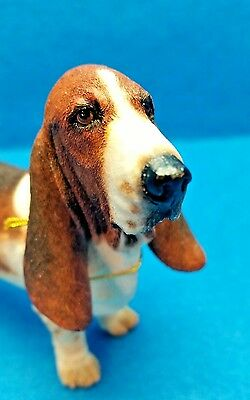 COUNTRY ARTISTS BEST IN SHOW BASSET HOUND  STANDING DOG TRI COLOR NIB Flawless