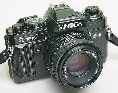 BLACK MINOLTA X-700 35mm SLR CAMERA - NICE LENS - NICE CONDITION