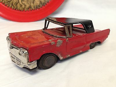 """Vintage 60's Made In Japan 6.5"""" Tin Friction Toy Car"""