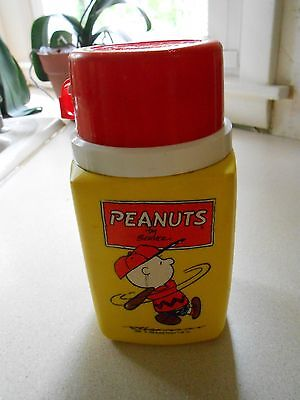 vintage PEANUTS CHARLIE BROWN 8 oz lunchbox thermos King-Seeley w/ stopper & cup