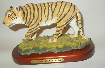 Siberian Tiger Figurine Statuette w/wooden base Amy & Addy Gray Rock Collection